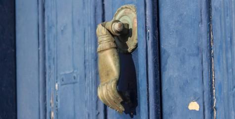 A door in Santorini